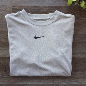 Nike Dri-FIT Shirt  Boys Size L Gray